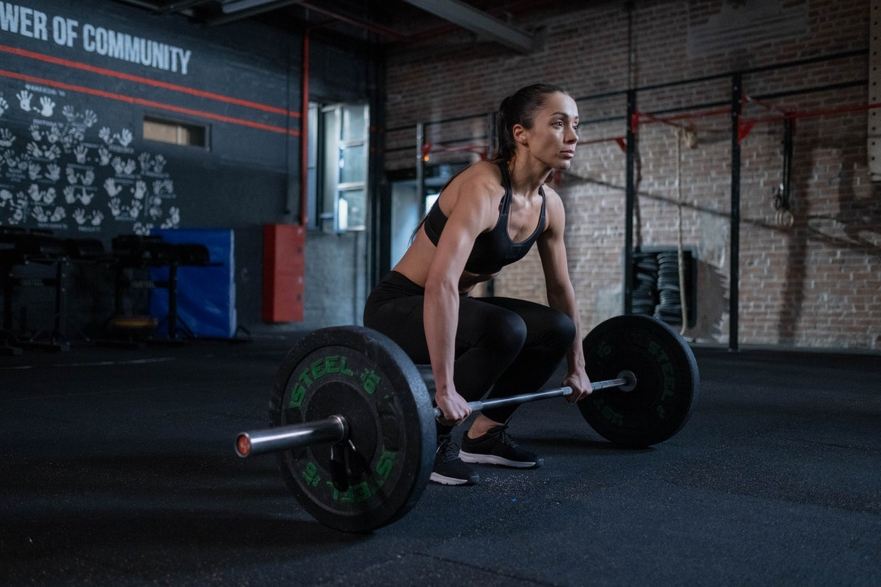 best deadlifts to grow glutes